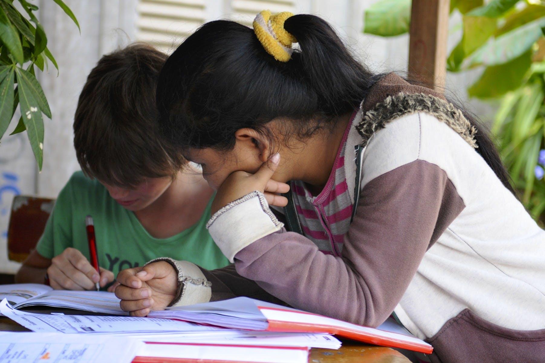 English Language Helper & Teacher for Students